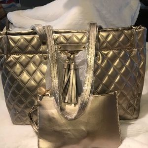 Marc Chantel Quilted Pewter Totw/w/Wristlet